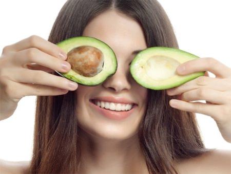 Омолаживающие маски для лица из авокадо