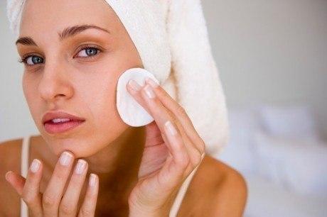 Внутренние прыщи на лице - лечение в домашних условиях