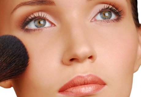 Рекомендации по уходу за кожей лица зимой