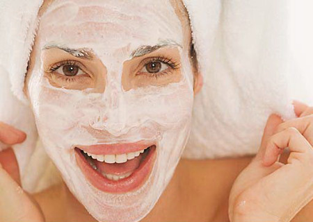 Домашний пилинг лица для жирной кожи